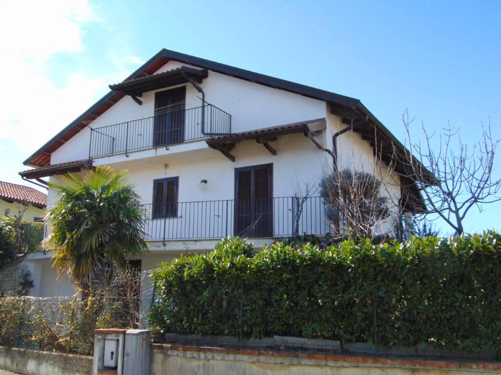 Villa in vendita a San Marzano Oliveto, 4 locali, prezzo € 220.000 | PortaleAgenzieImmobiliari.it
