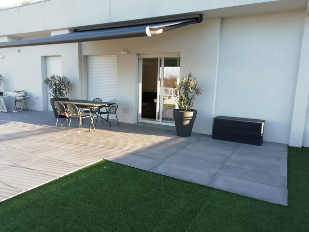 Appartamento in vendita a Villa Guardia, 4 locali, prezzo € 335.000 | PortaleAgenzieImmobiliari.it