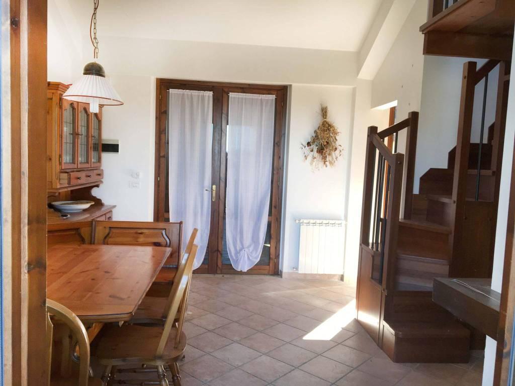 Vendesi Villa a Schiera a Lucoli