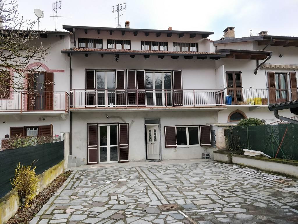 Soluzione Indipendente in vendita a Cavagnolo, 11 locali, prezzo € 180.000 | PortaleAgenzieImmobiliari.it