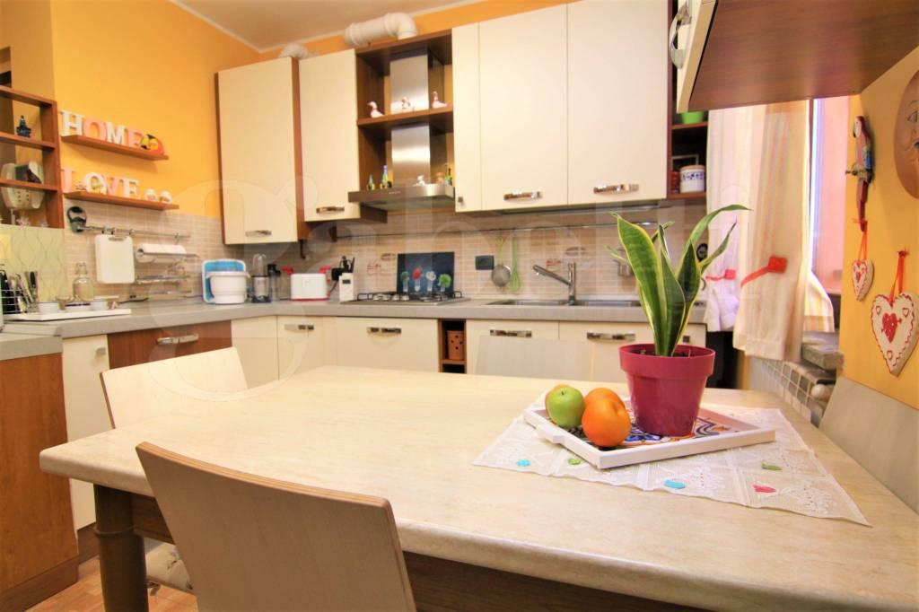 Appartamento in vendita a Cavaria con Premezzo, 2 locali, prezzo € 77.000   CambioCasa.it