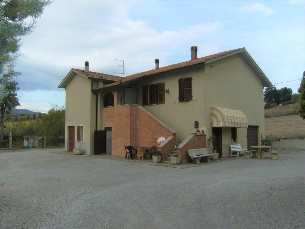 Rustico / Casale in buone condizioni in vendita Rif. 8314444
