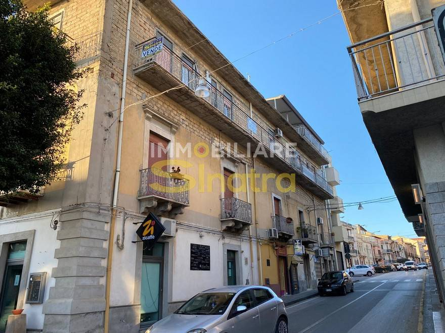 Appartamento in vendita a Catenanuova, 4 locali, prezzo € 55.000 | CambioCasa.it