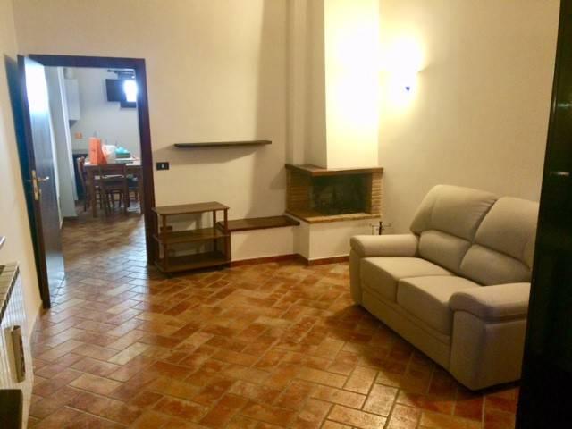 Appartamento in Affitto a Perugia Centro: 2 locali, 70 mq