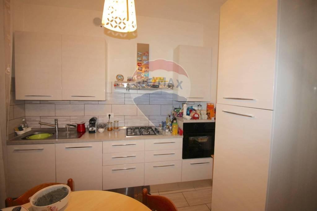 Appartamento in vendita a Vicenza, 6 locali, prezzo € 178.000 | CambioCasa.it