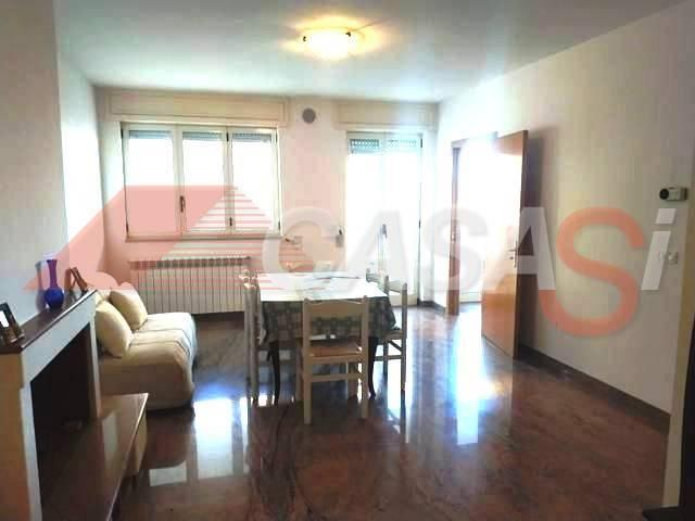 Appartamento in vendita a Otranto, 4 locali, prezzo € 195.000 | CambioCasa.it