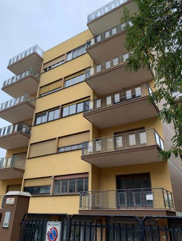 Appartamento in Vendita a Catania Centro: 5 locali, 260 mq