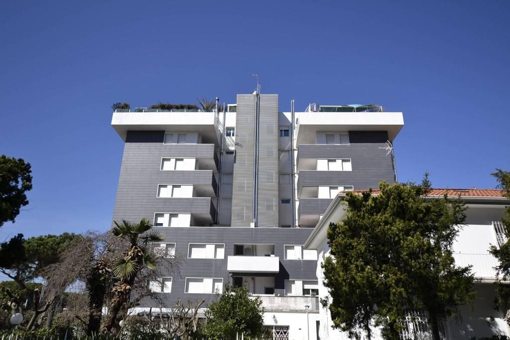 Appartamento in Vendita a Riccione Centro: 3 locali, 90 mq