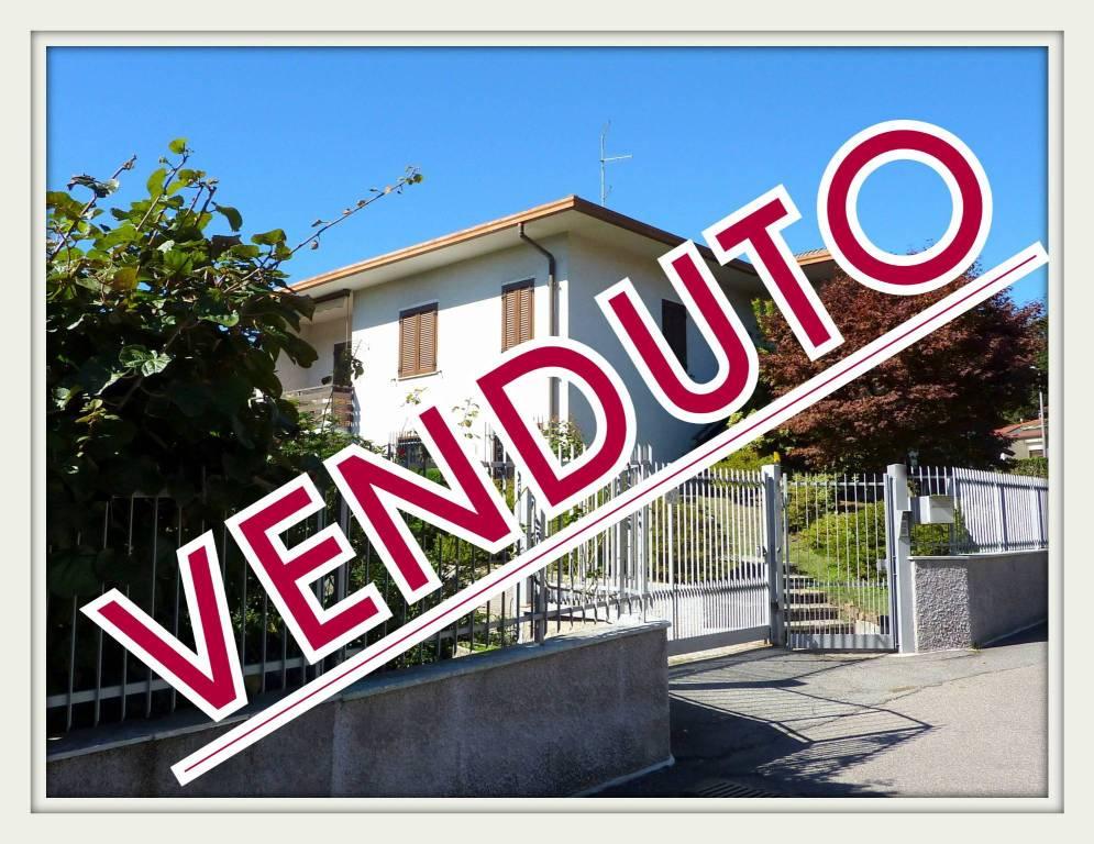 Villa in vendita a Faloppio, 7 locali, prezzo € 410.000 | PortaleAgenzieImmobiliari.it