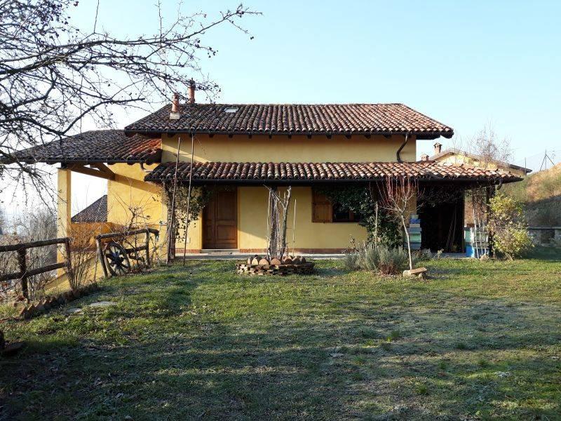 Villa in vendita a Gavi, 4 locali, prezzo € 219.000 | PortaleAgenzieImmobiliari.it