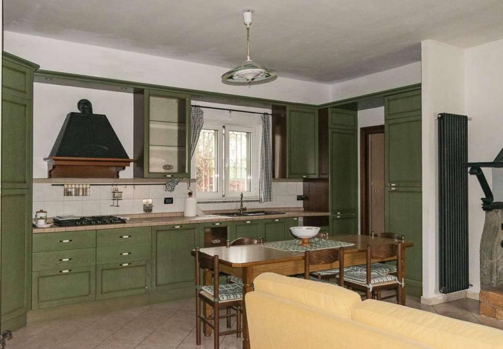 Appartamento in vendita a Venaria Reale, 3 locali, prezzo € 149.000 | CambioCasa.it