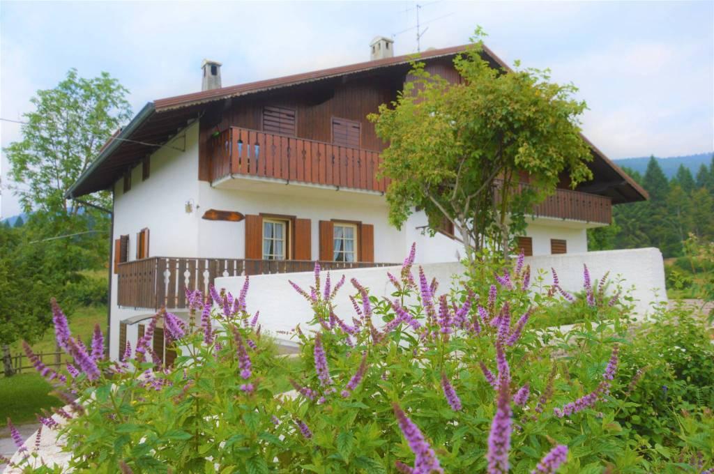 Appartamento in vendita a Roana, 3 locali, prezzo € 100.000 | CambioCasa.it