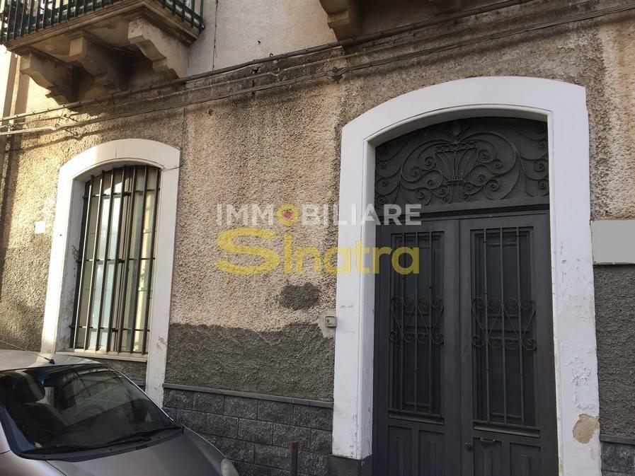 Appartamento in buone condizioni in vendita Rif. 8774058