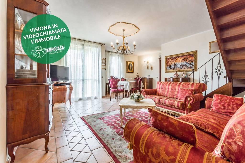 Appartamento in Vendita a Reggio Emilia: 4 locali, 121 mq