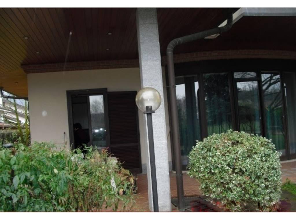 Villa in vendita a Bruino, 8 locali, prezzo € 220.000 | PortaleAgenzieImmobiliari.it