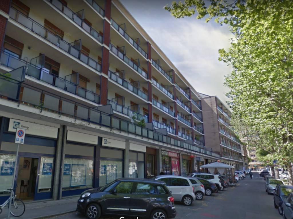 Appartamento in vendita a Moncalieri, 3 locali, prezzo € 100.000 | CambioCasa.it