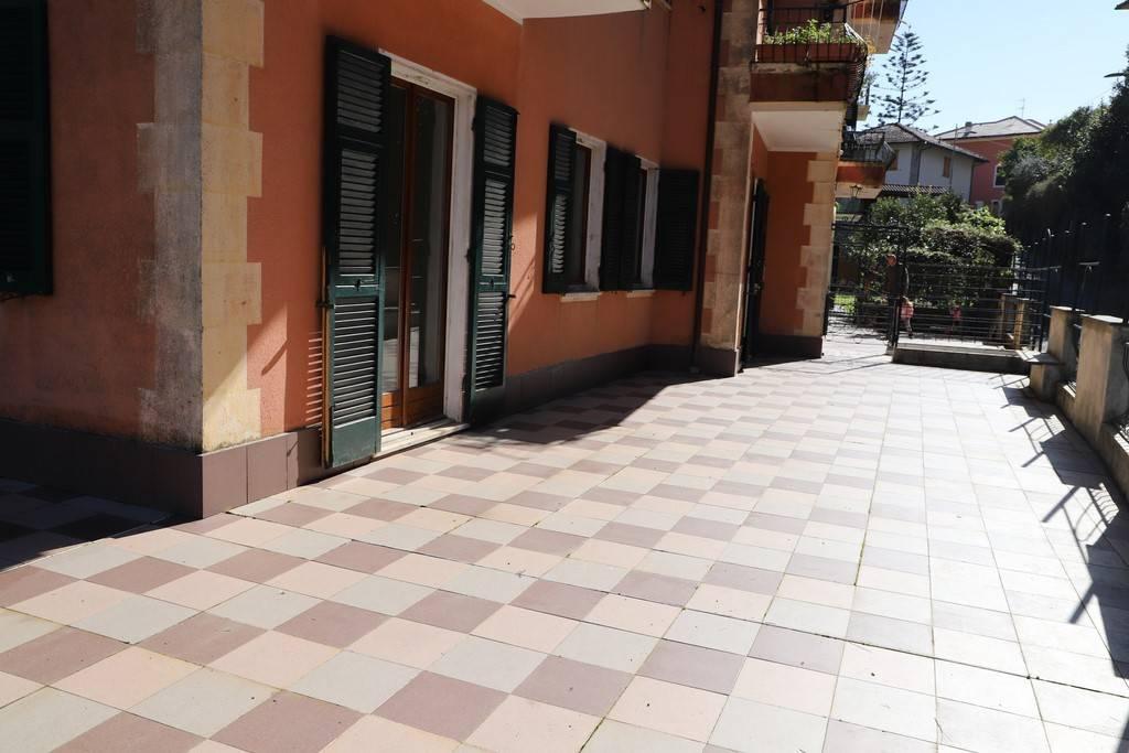 Appartamento in vendita a Rapallo, 4 locali, prezzo € 350.000 | PortaleAgenzieImmobiliari.it