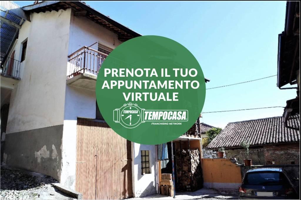 Foto 1 di Casa indipendente via Castiglione, Candia Canavese