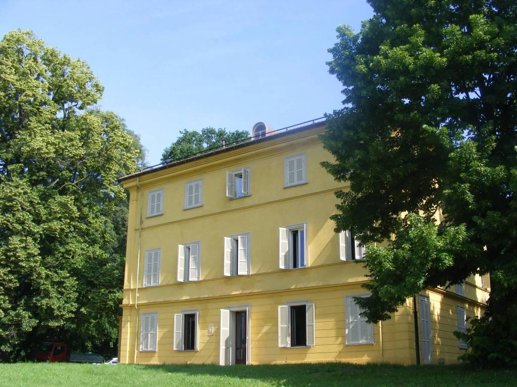 Villa in affitto a Moncalieri, 10 locali, prezzo € 2.500 | PortaleAgenzieImmobiliari.it