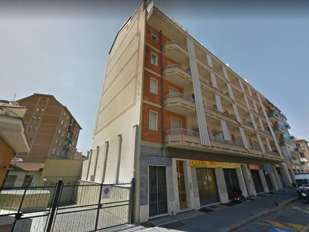 Appartamento in vendita a Torino, 4 locali, zona Zona: 12 . Barca-Bertolla, Falchera, Barriera Milano, Corso Regio Parco, Rebaudengo, prezzo € 65.000 | CambioCasa.it