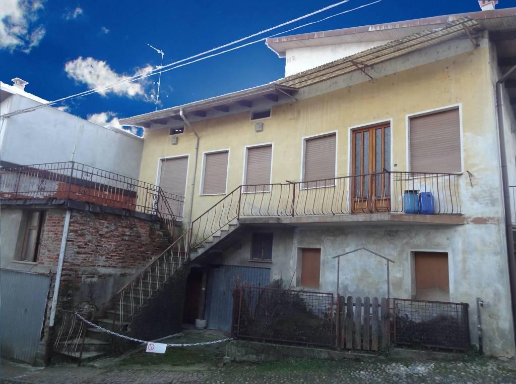 Casa indipendente in Vendita a Mongrando: 4 locali, 155 mq