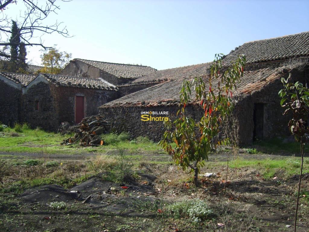 Terreno Agricolo in vendita a Pedara, 9999 locali, prezzo € 340.000   CambioCasa.it
