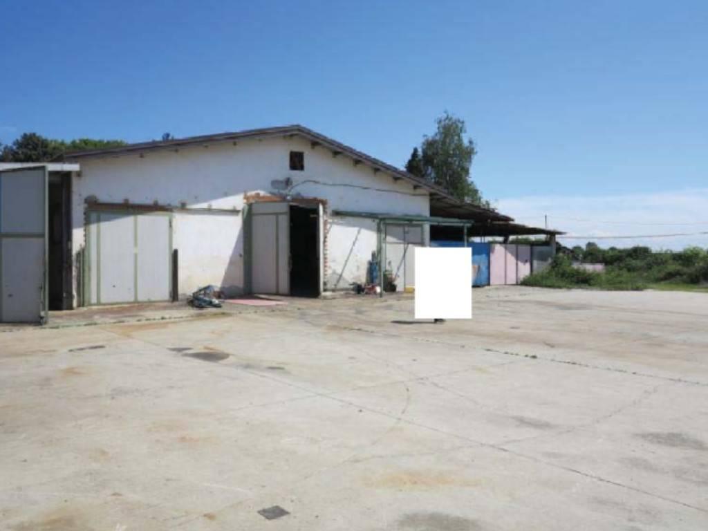 Magazzino in vendita a Castagnole Piemonte, 9999 locali, prezzo € 70.000 | PortaleAgenzieImmobiliari.it