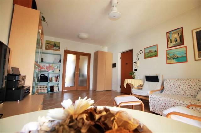 Appartamento in ottime condizioni in vendita Rif. 5031730