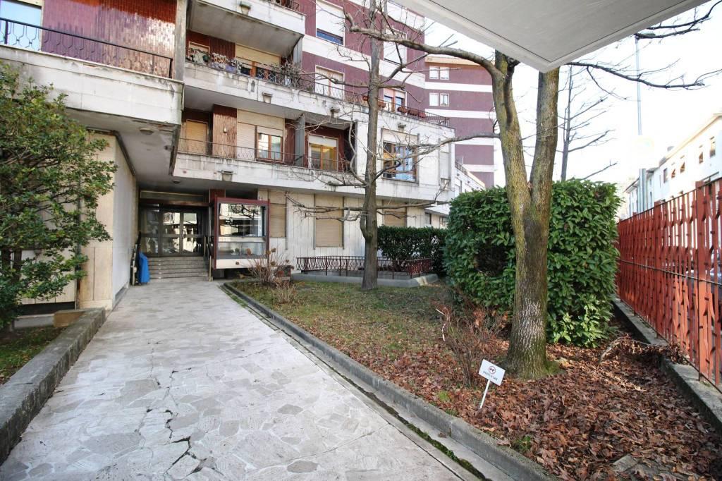 Ufficio / Studio in vendita a Busto Arsizio, 2 locali, prezzo € 68.000 | PortaleAgenzieImmobiliari.it