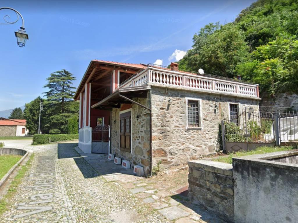 Negozio / Locale in vendita a Borgofranco d'Ivrea, 6 locali, prezzo € 135.000 | PortaleAgenzieImmobiliari.it