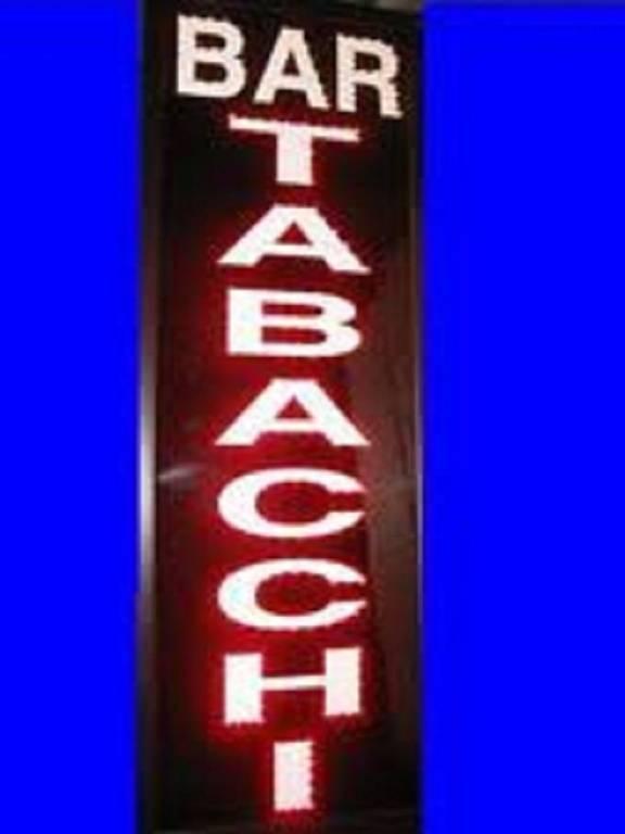 Tabacchi / Ricevitoria in vendita a Isola Dovarese, 2 locali, prezzo € 130.000 | CambioCasa.it