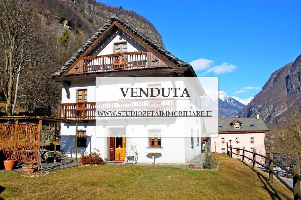 Villa 6 locali in vendita a Premia (VB)