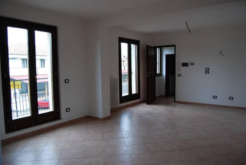 Appartamento in vendita a Castiglione del Lago, 3 locali, prezzo € 140.000 | PortaleAgenzieImmobiliari.it