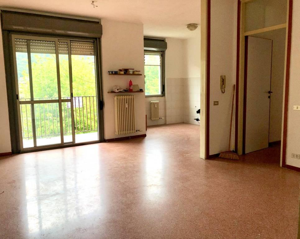 Appartamento in vendita a Cene, 3 locali, prezzo € 45.000 | PortaleAgenzieImmobiliari.it
