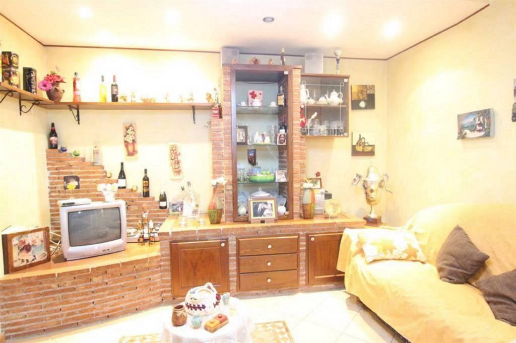 Appartamento in Vendita a Gravina Di Catania Centro: 3 locali, 107 mq