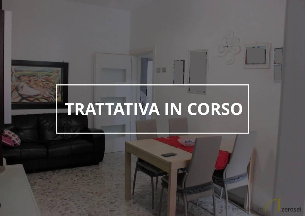 Appartamento in buone condizioni in vendita Rif. 6702010