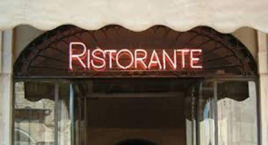 Ristorante / Pizzeria / Trattoria in vendita a Brescia, 3 locali, prezzo € 330.000 | CambioCasa.it