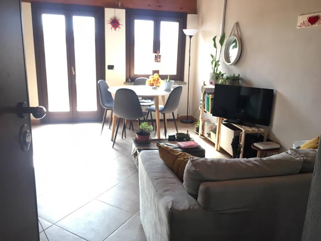 Attico / Mansarda in affitto a Piverone, 2 locali, prezzo € 320 | PortaleAgenzieImmobiliari.it