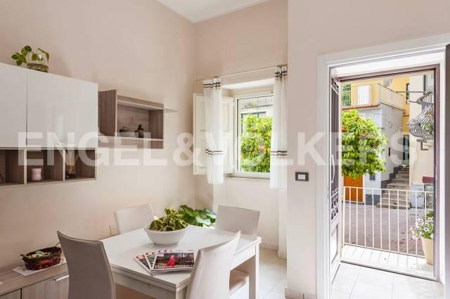 Casa Indipendente in buone condizioni arredato in vendita Rif. 6952921