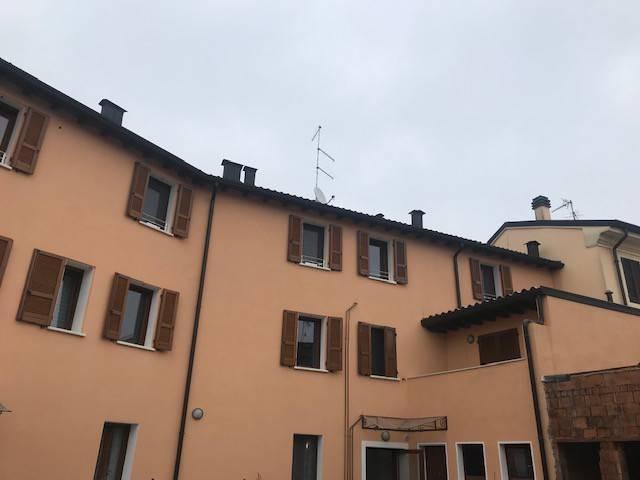 Appartamento in ottime condizioni arredato in affitto Rif. 7516872