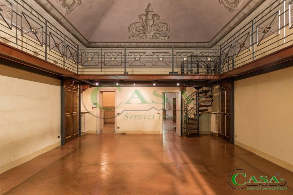 Appartamento in affitto a Brescia, 4 locali, prezzo € 2.500 | CambioCasa.it