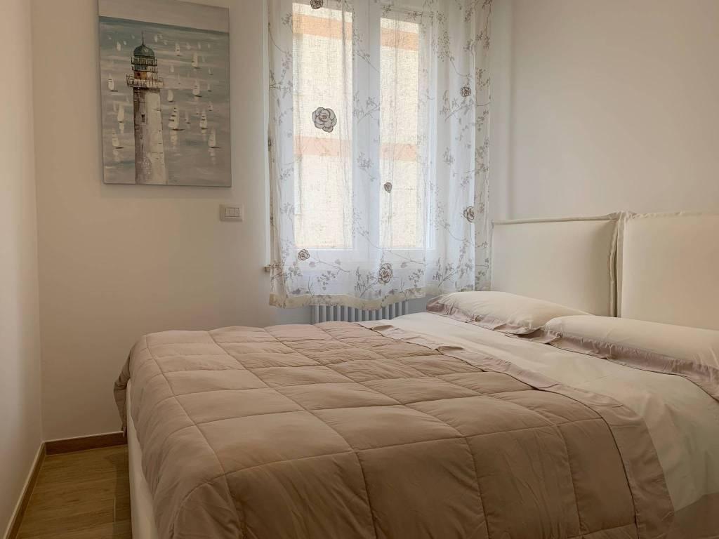 Appartamento in vendita a Varazze, 3 locali, prezzo € 415.000 | CambioCasa.it