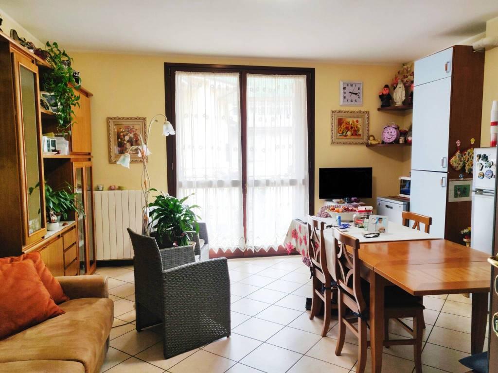 Appartamento in vendita a Gazzaniga, 2 locali, prezzo € 60.000 | PortaleAgenzieImmobiliari.it