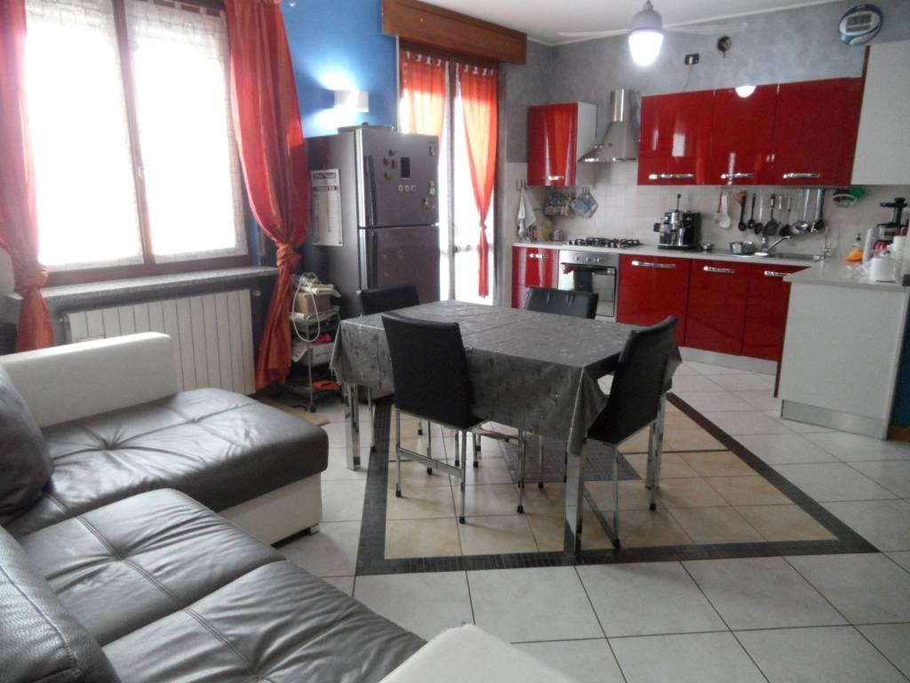 Appartamento in vendita a Grassobbio, 3 locali, prezzo € 130.000 | CambioCasa.it