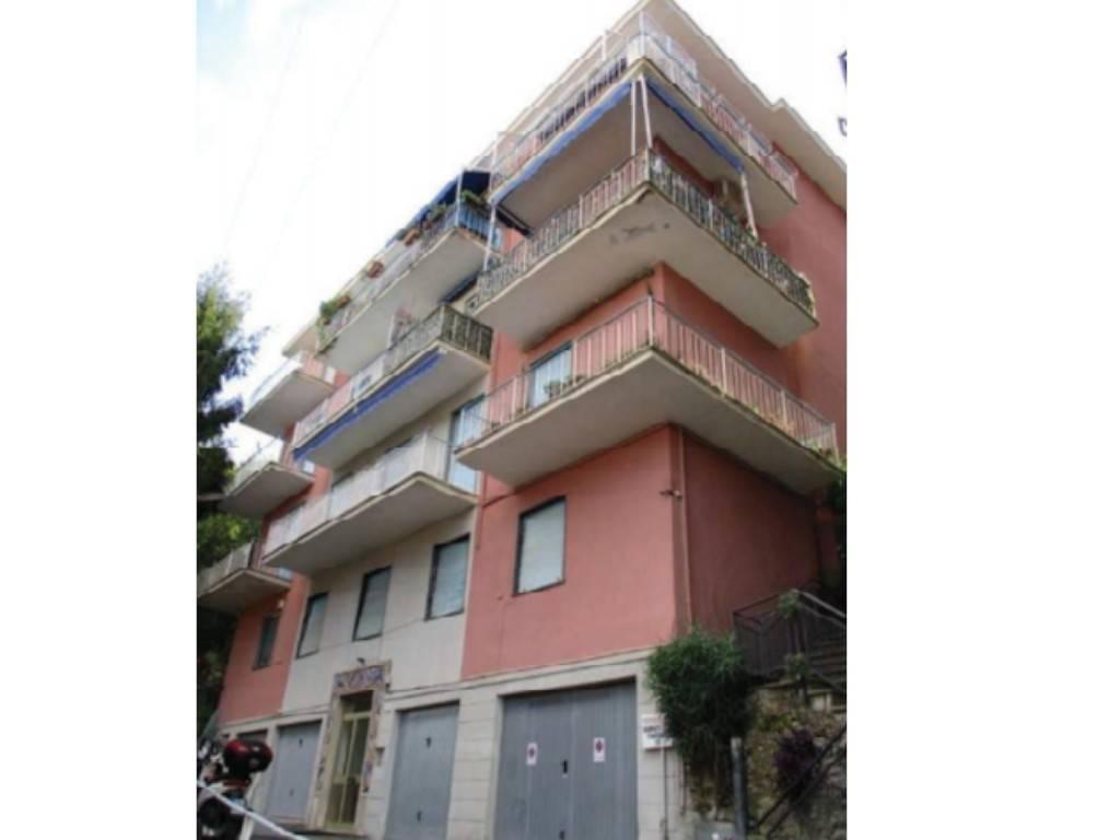 Appartamento in vendita a Rapallo, 2 locali, prezzo € 50.000 | PortaleAgenzieImmobiliari.it