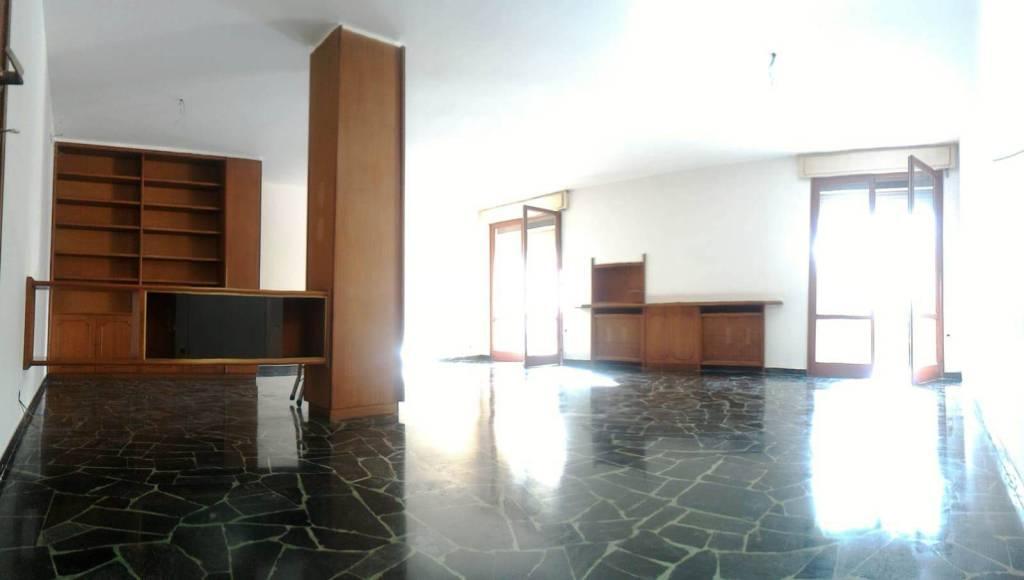 Appartamento in vendita a Padova, 7 locali, zona Centro, prezzo € 390.000 | PortaleAgenzieImmobiliari.it