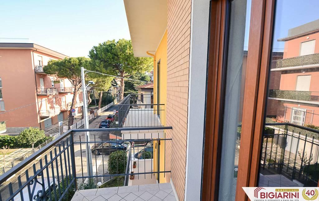 Appartamento in vendita a Rimini, 4 locali, prezzo € 180.000 | CambioCasa.it