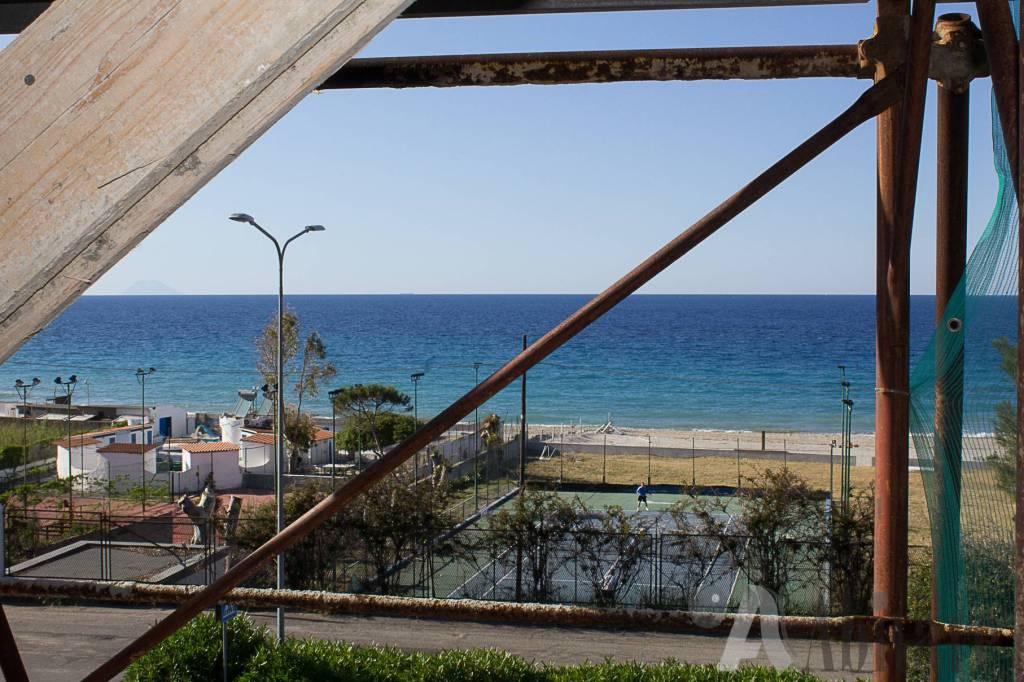 Appartamento in vendita a Messina, 3 locali, prezzo € 170.000 | CambioCasa.it