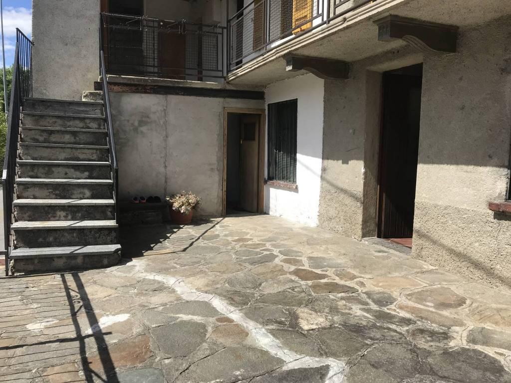 Appartamento in vendita a Morbegno, 3 locali, prezzo € 35.000 | CambioCasa.it