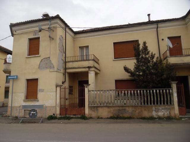 Soluzione Indipendente in vendita a Cornale e Bastida, 7 locali, prezzo € 100.000 | PortaleAgenzieImmobiliari.it